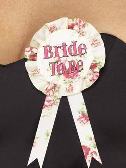 Rózsaszín Bride to Be Feliratú Angol Nyelvű Rózsás Kitűző Lánybúcsúra